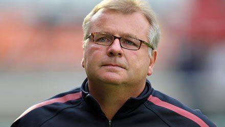 Neil Banfield Coaching Session – 1 v 1 Defending